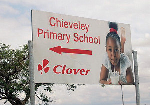 Sign to Chieveley Primary School S. Africa